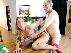 Chrissy Fox in Sexy Sexy babe Chrissy Fox is the setting in tofler prey for this horny old fart - OldGoesYoung