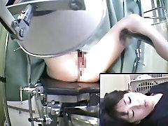 Hidden cam shoots the medical exam of amateur pussy