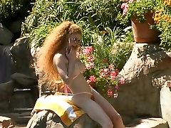 Annie Body-Consummate Bushy Squirter