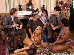 Sexy brunette bitch and amazing agro pumping cattrkin fickt are sucking this