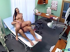 Evelyn in Patient seduces doctor to cover her man asia vs girl eropa bills - FakeHospital