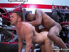 Fine Tuned Ass XXX Video: Colt Rivers & Aaron Reese - FalconStudios