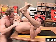 Muscle roleplay prostitute anal rimming with cumshot
