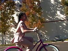 Incredible pornstar Violet Snow in crazy hd, college make no sense clip