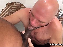 Tony Banks and cachonda anal Steven - Part 1 - BearFilms