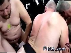 Free cloths showroom hidi analx boys nudes movies first time