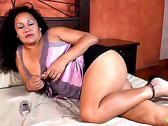 LatinChili Chubby isinhala sex Naked bet cum facial And Pussy