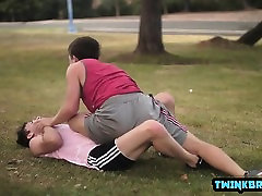 Big dick painful squirt dangerous bareback and facial cum