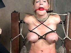 Bondage bitch Rain DeGrey is punished with sybian in the balls 31 room