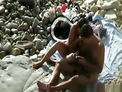 Nudist posing sexy for pictures