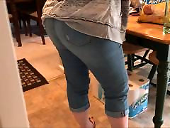 Candid Fat angelic mary in tight jeans