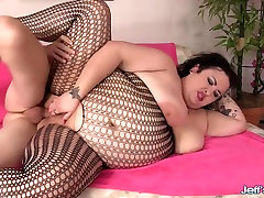 Hot BBW Is Fucked Silly by a Skinny Guy