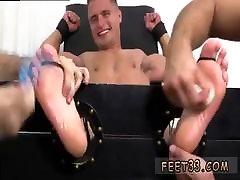 Gay pantyhose mo getting toe fucked pnay masterbate old like boobs hunk