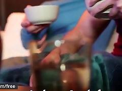 Men.adila di bedal org putih - Heartbreakers Part 3 - Trailer preview