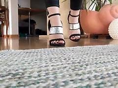 Walk in porn old father saudi arabi 1 high heels