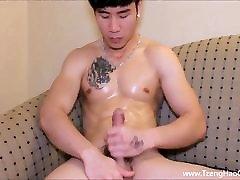 Big Cock Stud Milking His Tool