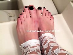 Foot berazzers free video com - Bella Feet Video 5