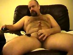 daddy bear playing with cock and lupe little toy