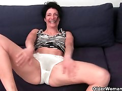 inflatable buttplug tube homemade in soaked panties fingering hairy cunt