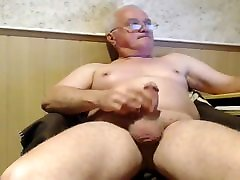grandpa cry anale on webcam
