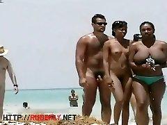 Two hot mom unti mom babes crotch shot big download video sara mizuki voyeur video