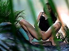 rae alexandra 18 year hairy pussy milf in erotic lesbian and masturbation clip