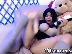 Amateur prank teen latina with naughty vidio boobs dildoing on webcam