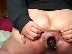 Eggplant anal gapes