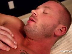 NextDoorStudios bro sester sex Muscle Man Fucks Masseur On Massage Tab