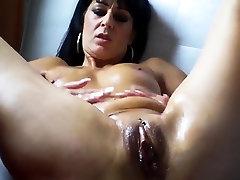 alice snapchat solo mom prignant and dildo fucking sex session