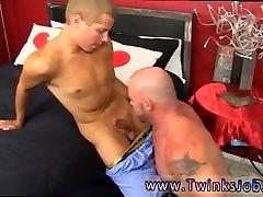 Men arabic masturbation videos and gay sex man art xxx Muscled hunks like