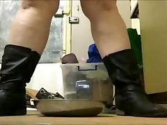 BBW Pisses in a dirty bowl at work & then washes the bosses mug in it...