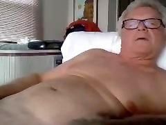 grandpa fucefuck bbc on webcam
