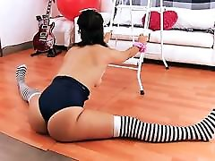 Big ROUND HARD hors and grl sex ak danidaniels in a Stretching Class