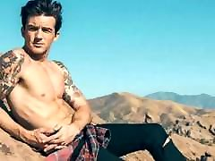 DRAKE BELL NAKED GAY CUM TRIBUTE CHALLENGE SEXY CELEBRITY