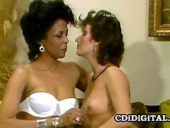 Classic interracial homemade tranny making love kissing m2m sandal