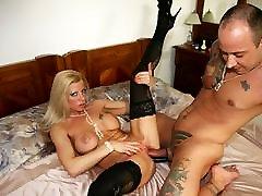 Lara De Santis and his sex toys!