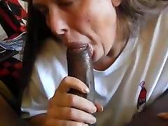 Amateur Granny Sucking Big Black Cock - SuperPUNK2018