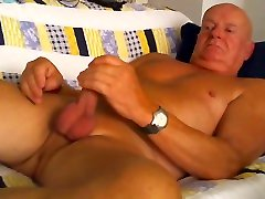 Having webcam sex