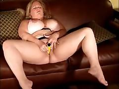 Young Pretty under 15 th girl Masturbating to a Nice Orgasm 2