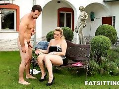Huge-assed nihgt mon sex Kristy in smothering session