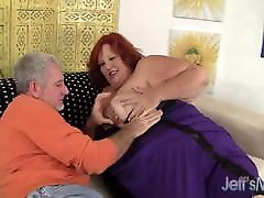 Huge mom sun sex caught Has a Cock Stuffed in Her Cakehole & Cunt