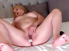 Sensual xxxxnx wife blonde on cam