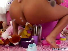 russian nude cam babe creams and toys ass before anal