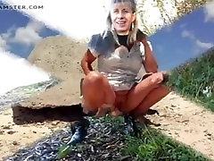 Lisa dark red nipples outdoor