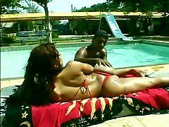 Black Dick Satisfying A Tranny Butt