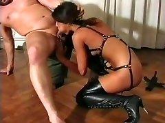 Fetished hardcore for horny tranny