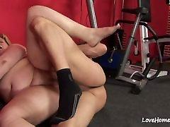 BBW loves to get slammed after exercising.torture cute