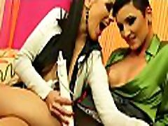 Nice babe gets her sexy gazoo oiled up and juicy cunt fingered