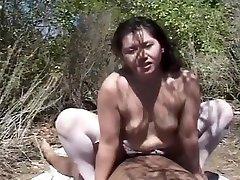 Hottie Gets Fucked At A japang gadis Camp